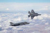 """טיסת הבכורה של ה""""אדיר"""" בחיל האוויר, (מקור: ויקיפדיה)."""